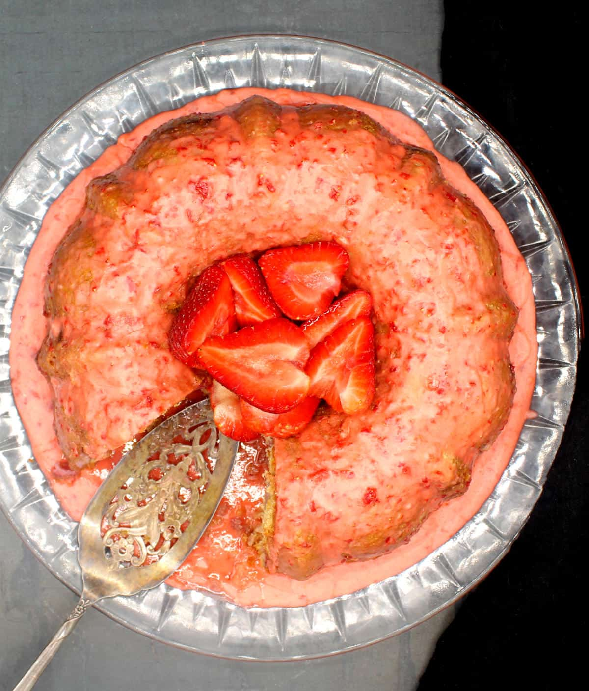 vegan strawberry cake 9
