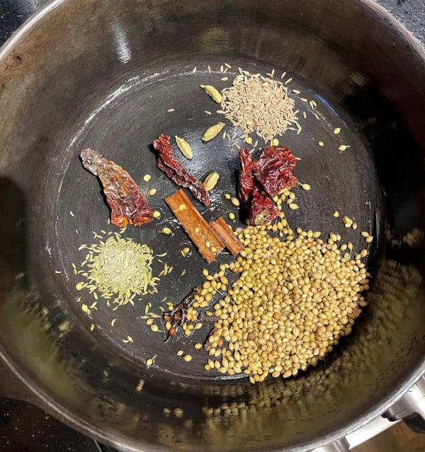 spices roasting for vegan xacuti gravy for ros omelet