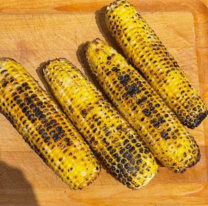 Roasted, charred corn ears