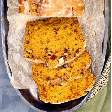 Three slices of vegan pumpkin bread